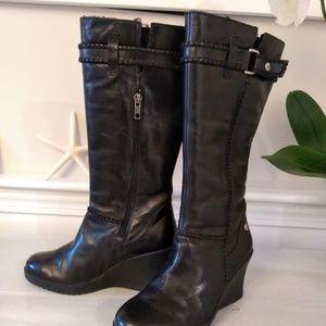 Ugg leather wedge black usa5 /eu 36/uk 3.5